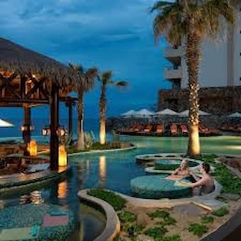 Cabo-Grand  Solmar Lands End Resort & Spa