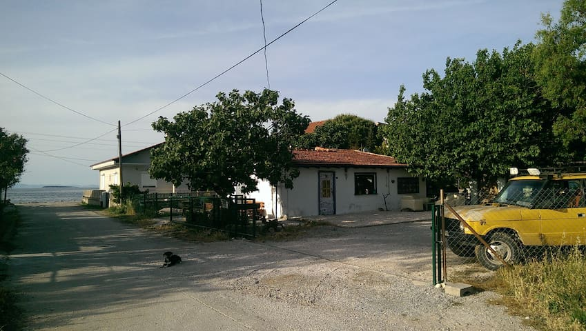 İskelede bir masal evi - Urla - Rumah
