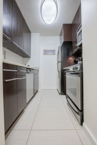 MURRAY HILL LUXURY APARTMENT