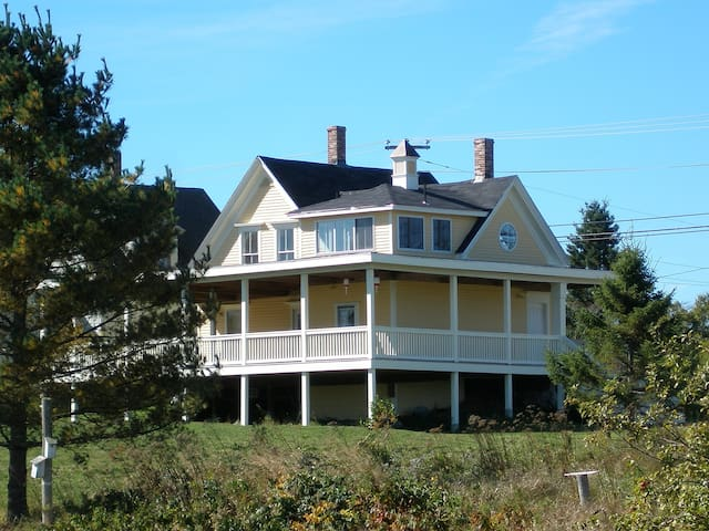 Magical Maine 100 year old Home
