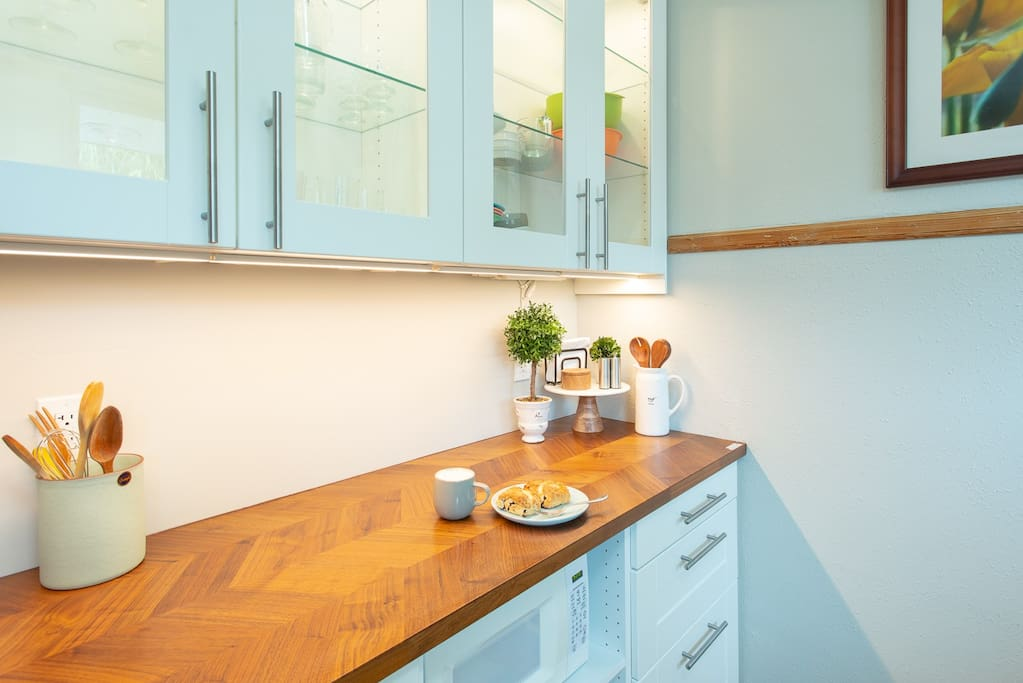 Undercabinet lighting adds beauty and functionality to your meal prep