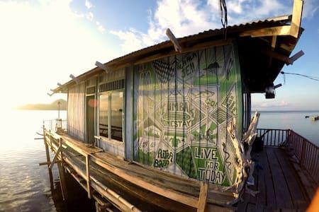 Tumbak Home Stay - Bentenah - Lejlighed