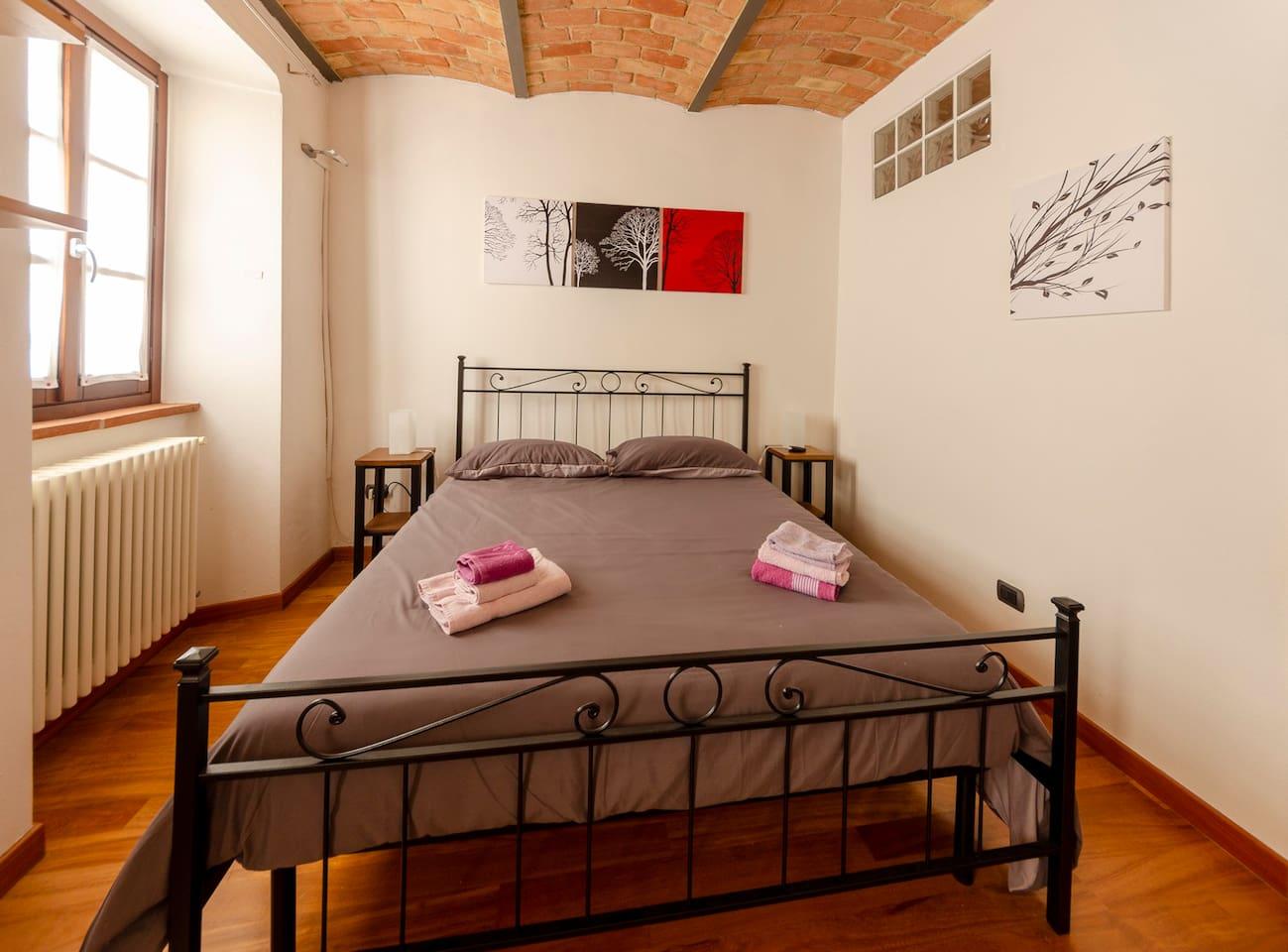 Sarmassa - camera da letto