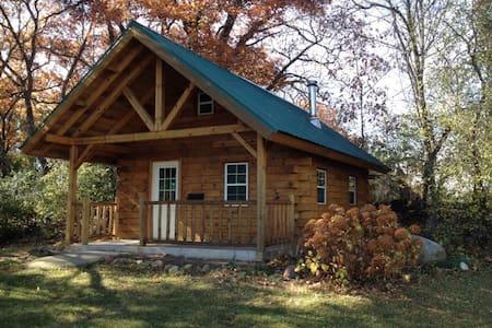 Amish Cabin close to Cambria/Dalton - Cambria