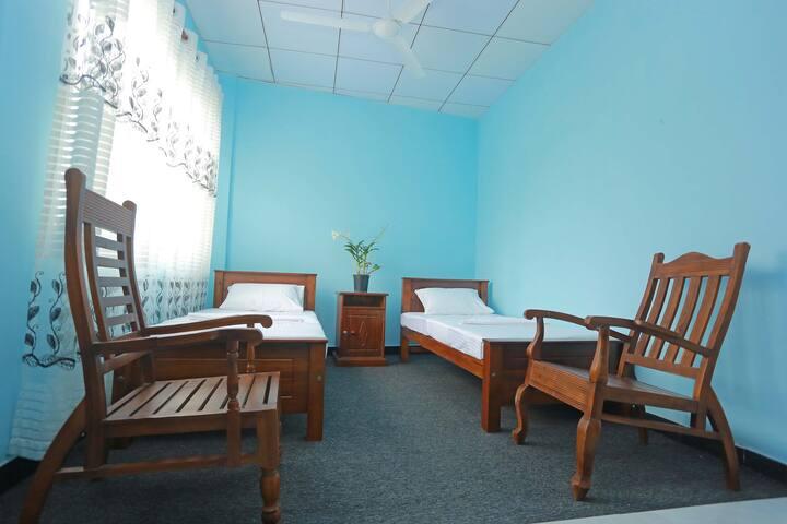 Sasiri Lanka room 8