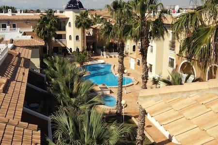L.A. Apartment - Los Alcázares