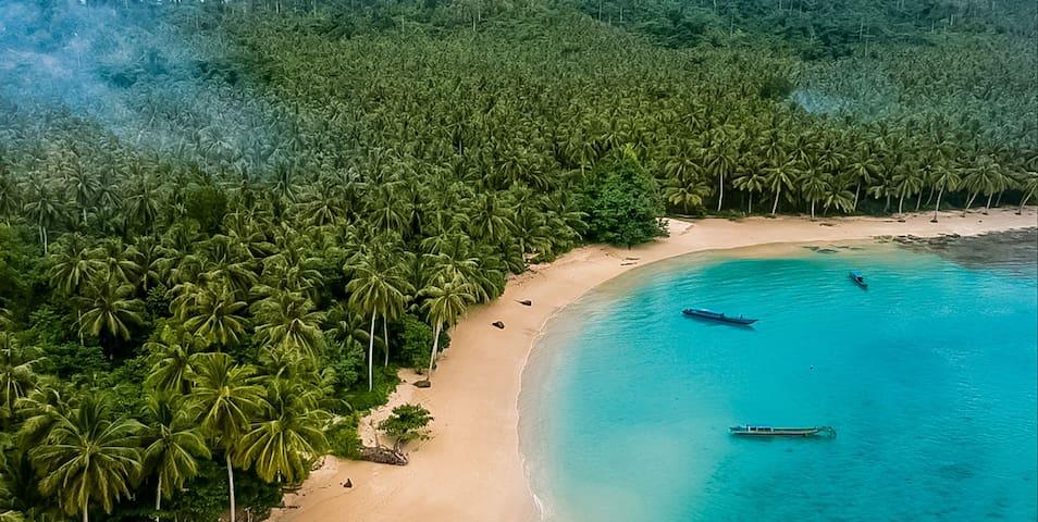 LULUNI MENTAWAI SURF BUNGALOWS