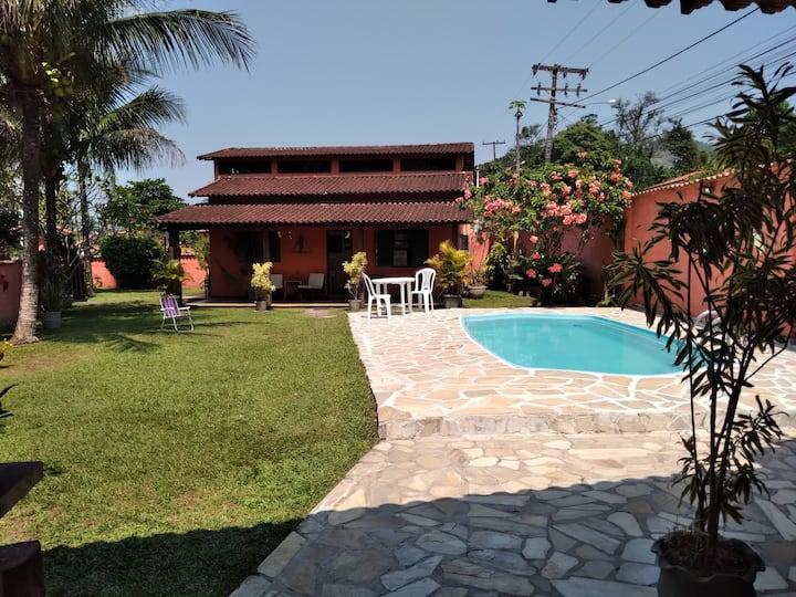 Casa de Campo Guapimirim Aconchegante com Piscina
