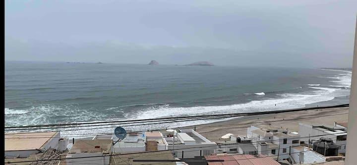 Acogedor departamento con vista al mar en Pulpos