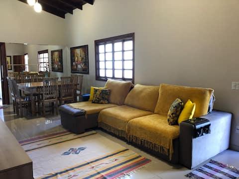 Casa Mariah-casa para temporada em Pirenópolis/GO