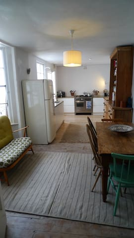 Character house by the sea and the city, sleeps 6 - Brighton and Hove - Ev