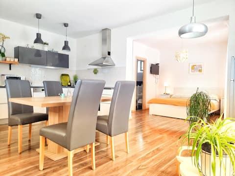Studio apartman Nika, with a  big terase