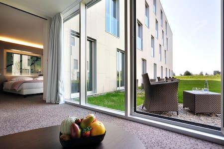 Studio avec petit jardin proche de l'EPFL & du lac - Saint-Sulpice