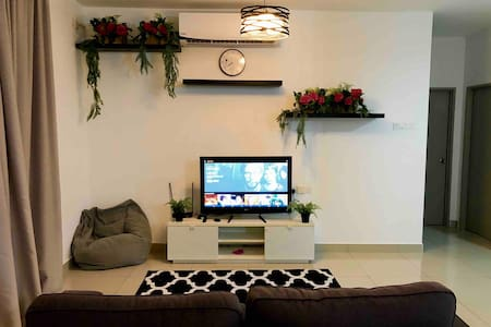 roses.homestay, 3 bedroom (up to 6 guest)+ Netflix