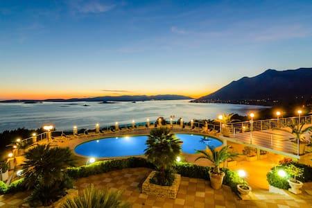 Villa Antonio double room sea view - Orebić - Bed & Breakfast