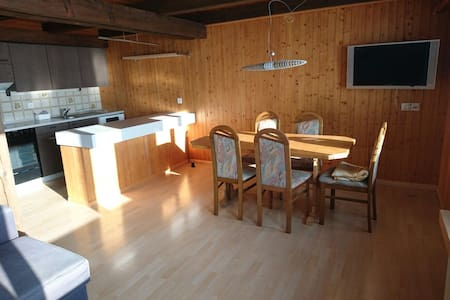 Family friendly 2-Bedroom Apartment - Marbach - Pis