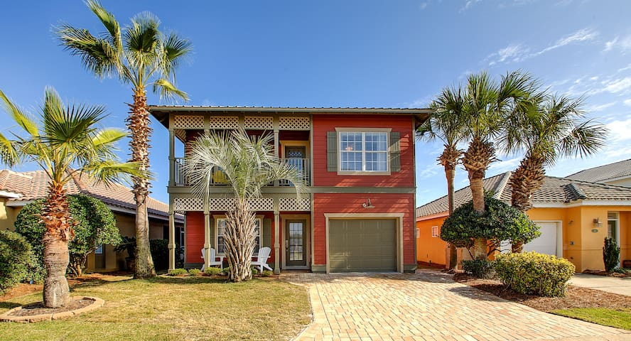 Relax in a 5-Star Gated Community at the Beach! - Destin - House