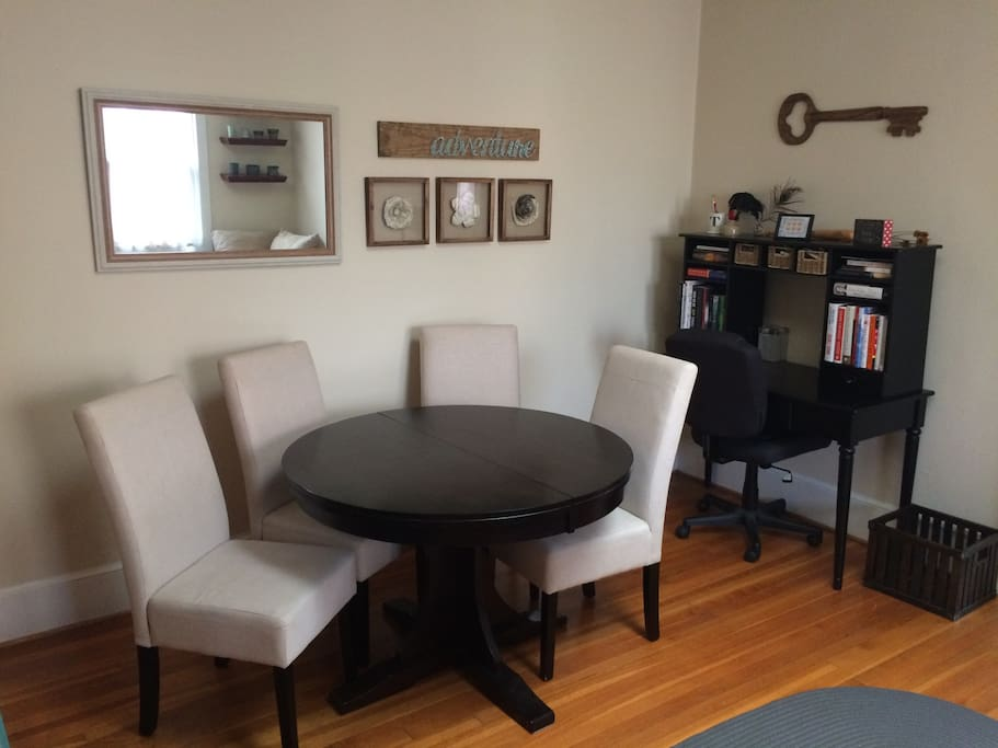 Spacious 1br dupont circle 17th st apartments for rent for M dupont the dining rooms lyrics
