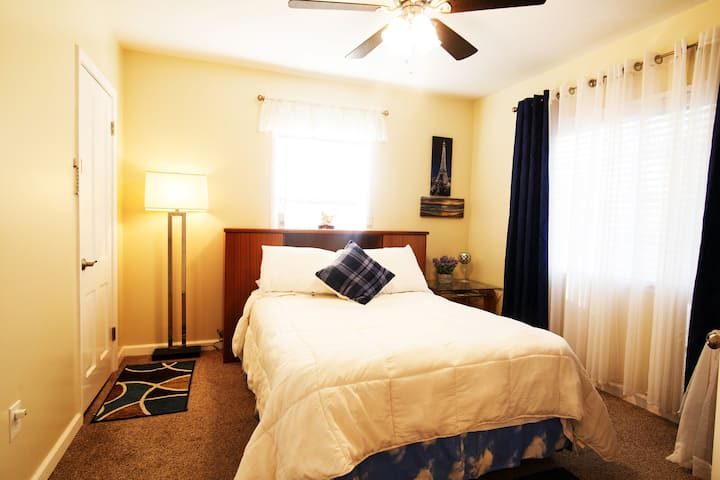 Private Room nr LAX, Long Beach & Torrance Airport