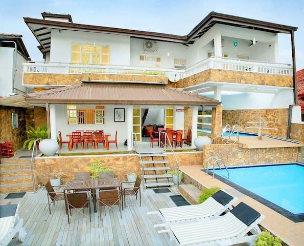 04 A/C Bedroom Waterfront villa with pool - Aluthgama - Villa