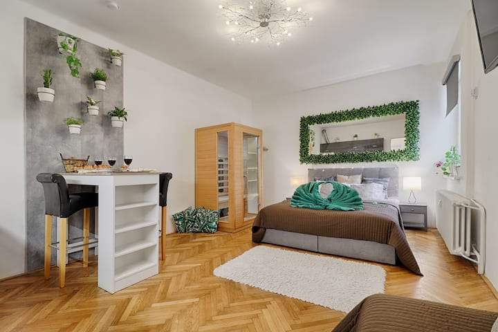The Forest Apartment - Sauna in the city center