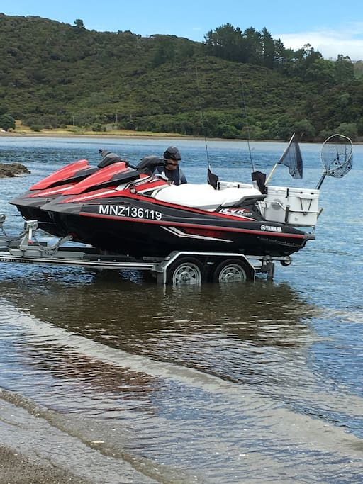 2 of the 4 JetSkis off on a Tour