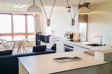 """Studio """"Le Corbusier"""" - Marsella - Pis"""