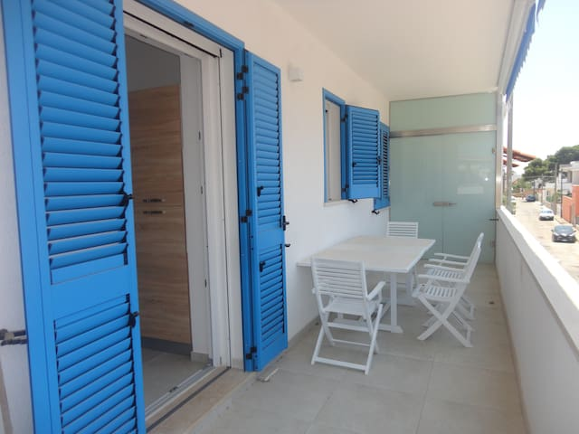 """Holiday Apartment """"Casa vacanza Torre San Giovanni 28"""" with Air Conditioning & Terrace; Street Parking Available"""