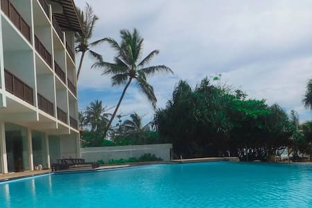 Serendib Beach Resort - Induruwa - Aamiaismajoitus