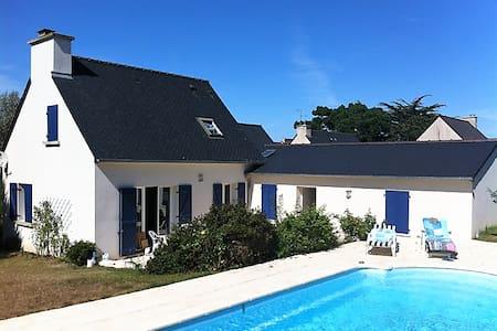 Maison spacieuse avec piscine proche de la plage - Pléneuf-Val-André