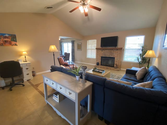 Vista Hills Casita: Your home away from home.