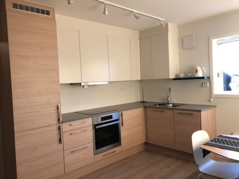 Brand new kitchen with all you need to make your own dinner.