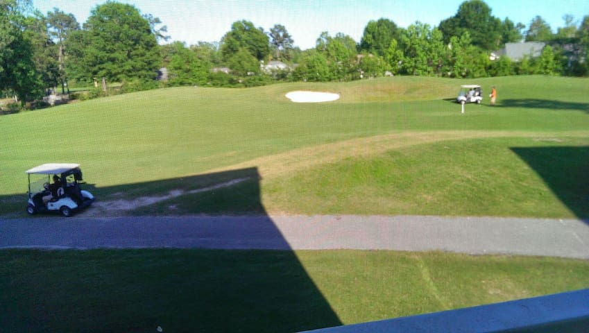Golf Course View 2Bed/2Bath