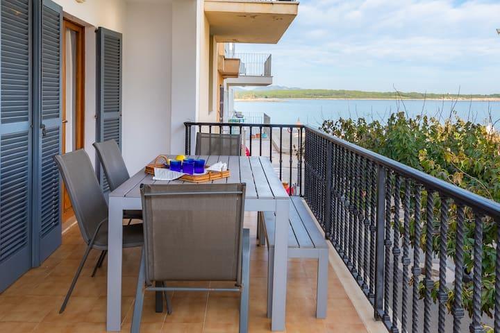 Beachfront apartment (License ET/4056)