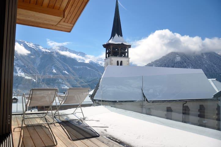 Panoramic ecodesign house near ski slopes (2-8p)
