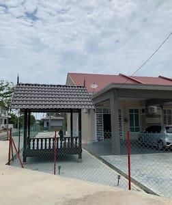 Kuala Nerus Homestay, Terengganu, UNISZA, UMT
