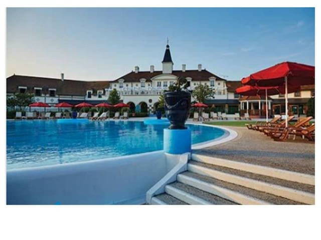 Disneyland Paris - Marriott's Village, FRANCE - Bailly-Romainvilliers
