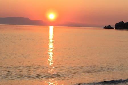 Korinthos Loutraki - Loutraki