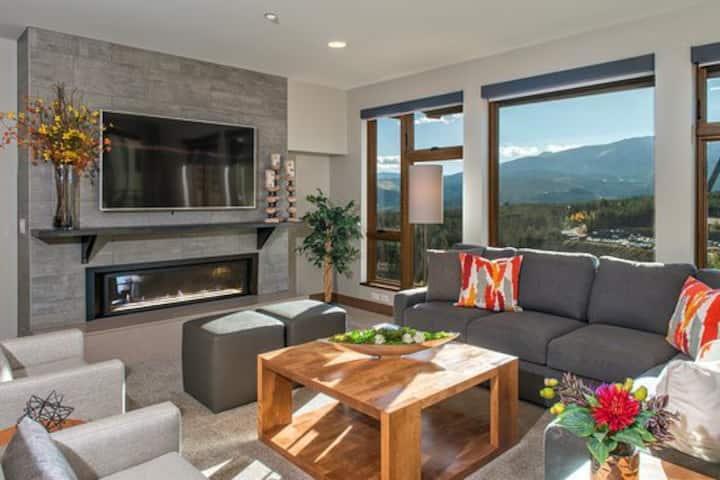 Grand Colorado on Peak 8 -Luxury One Bedroom Condo