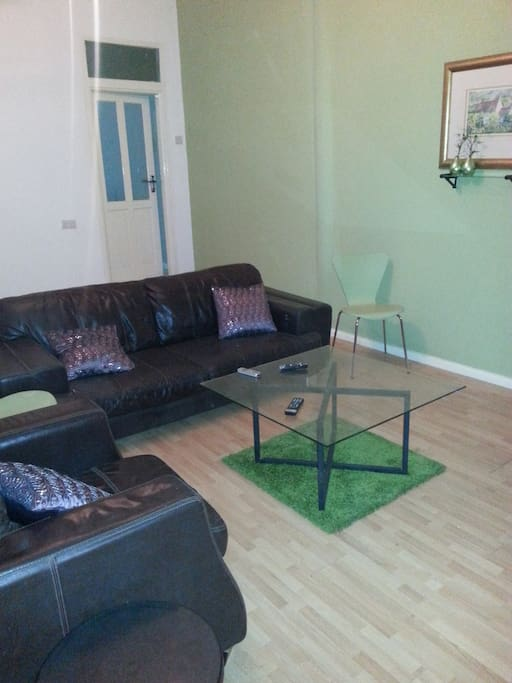 Serviced one bedroom apartment in accra with pool for Apartment plans in ghana