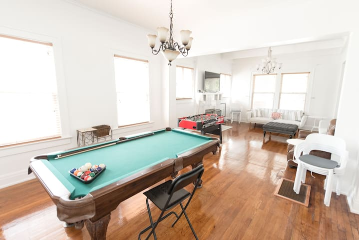 Safe, Uptown Party Pad w/ Jacuzzi & Billiards