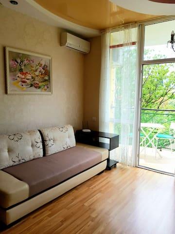Уютная квартира в мкр Светлана
