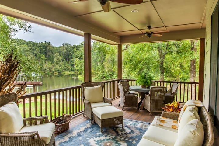 The Lodge at Generostee Creek