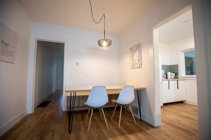 New Remodeled 2 Bed 1 Bath Private Midtown Duplex