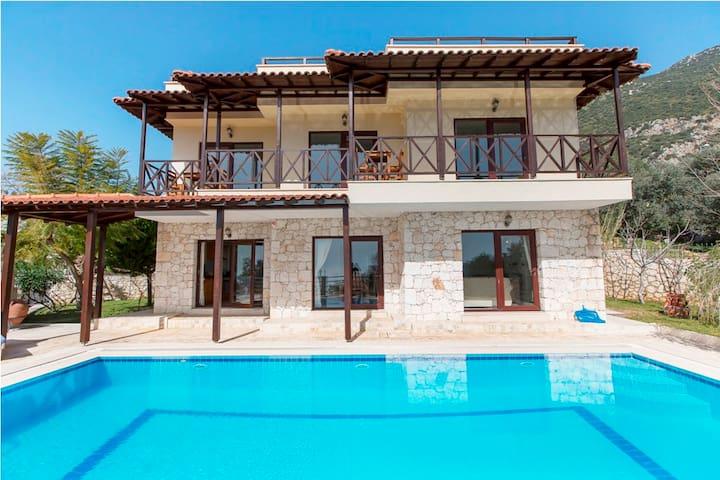 RK431-Kalkan 6 Roomed Duplex Villa - Yeşilköy Belediyesi - Hus