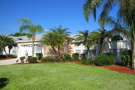 Villa SHAPE - Cape Coral