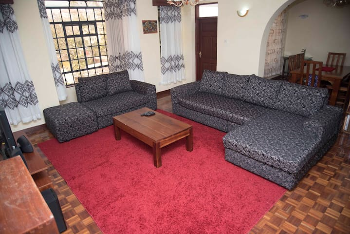 Double ensuite room in kilimani I - ไนโรบี