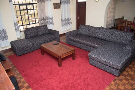 Double ensuite room in kilimani I - Nairobi