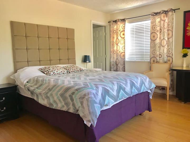 1 Sweet room with private bathroom 温馨主卧独立卫生间