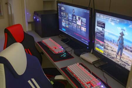 대형TV&게임&편안한 모션베드와 함께하는 라면주는Game Room